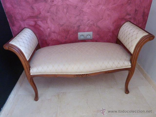Sillon para dos o div n de madera tallada y tap comprar - Sillones antiguos tapizados ...