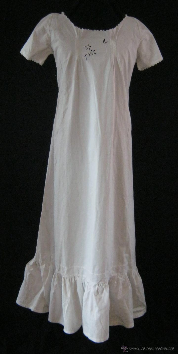 ANTIGUO CAMISÓN BORDADO INDUMENTARIA PPIO. S. XX (Antigüedades - Moda y Complementos - Mujer)