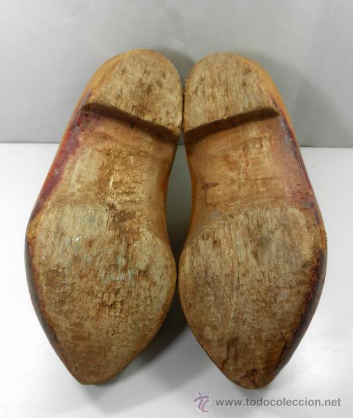 Antigüedades: ANTIGUOS ZUECOS * ALMADREÑAS * MADREÑAS DE MADERA * gran tamaño 39cm - Foto 7 - 41692745
