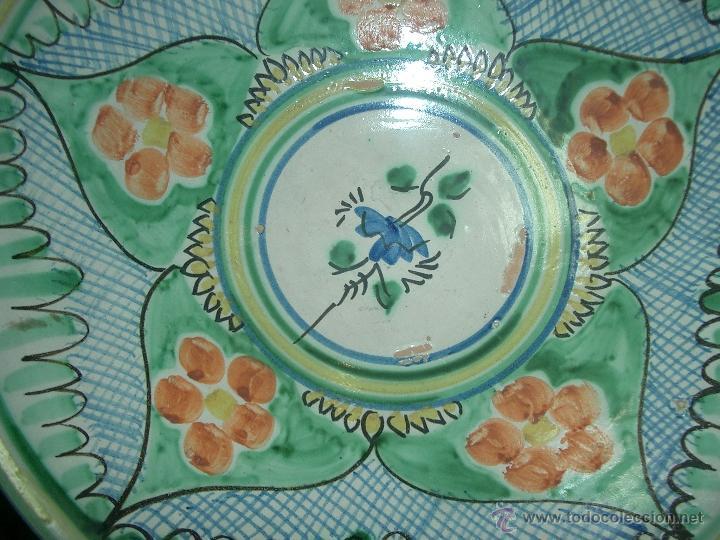 Antigüedades: Plato cuenco/fuente de novia cerámica Puente Arzobispo vegetales y roleos . S, XX- - Foto 3 - 41704805