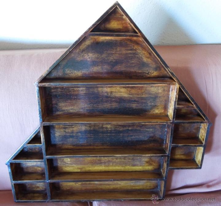 Antigüedades: Repisa o estantería, vitrina en madera reciclada - Foto 4 - 41716758