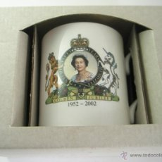 Antigüedades: TAZA CAFÉ/COFFEE MUGS-50ºANIVERSARIO SUBIDA AL TRONO DE LA REINA-NUEVO-CAJA-.. Lote 41756823