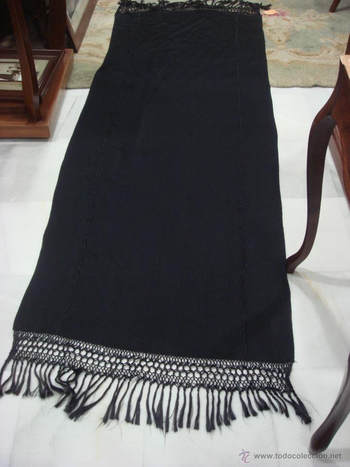 ANTIGUO CHAL DE LANA Y SEDA (Antigüedades - Moda y Complementos - Mujer)