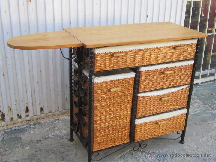 Mueble de planchar con tabla en madera hierro comprar for Mueble tabla planchar