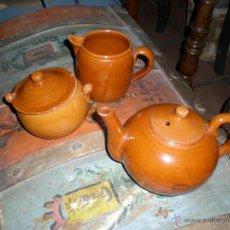 Antigüedades: JUEGO DE TETERA AZUCARERO Y LECHERA. Lote 41904467