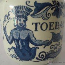 Antigüedades: RARO BOTE O TARRO DE TABACO EN PORCELANA BLANCA Y AZUL TOEBACK DELFTS HOLANDA IDEAL COMERCIO. Lote 42054171