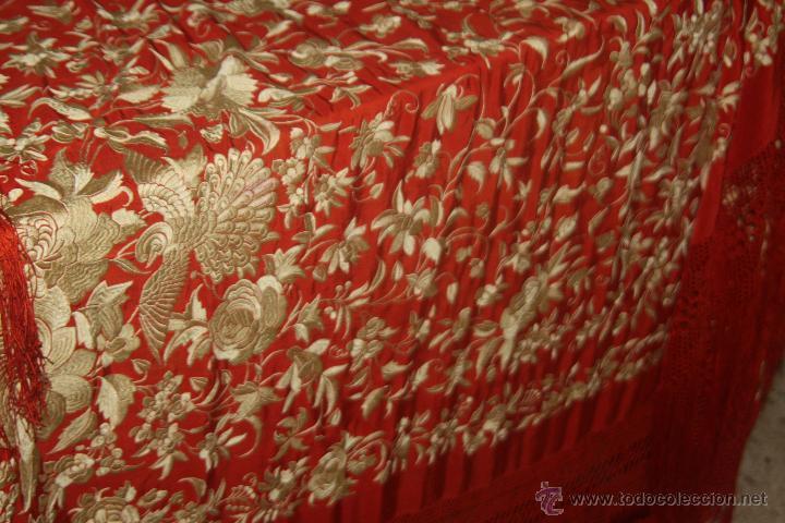 GRAN MANTON BORDADO (Antigüedades - Moda - Mantones Antiguos)