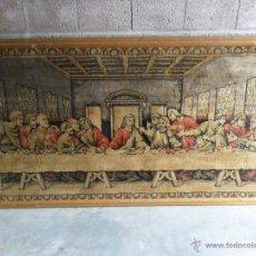 Antigüedades: GRAN TAPIZ CON MARCO DE MADERA LA SANTA CENA MIDE 190 X 110 CM. Lote 42099520