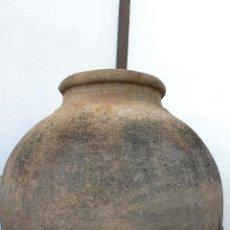Antigüedades: MUY ANTIGUA Y RARA TINAJA EN FORMA DE BOLA. SIGLO XVIII. Lote 42104351