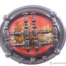 Antigüedades: ANTIGUO PERCHERO DE MADERA Y PUNTO DE CRUZ AÑOS 50.. Lote 42143922