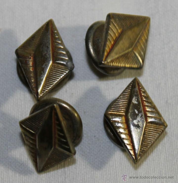 GEMELOS EN METAL DORADO - ART DÉCO - AÑOS 30 - MEDIDAS: 17 MM. (Antigüedades - Moda - Gemelos Antiguos)