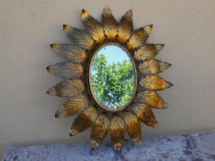Antiguo espejo en forma de sol lat n dorado comprar for Espejos en forma de sol