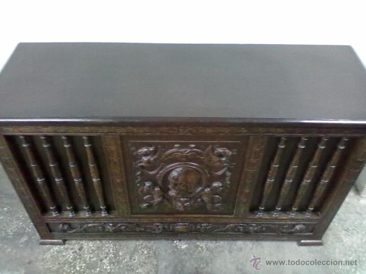 Antigüedades: ARCA ARCON ROBLE TALLADO FFSS XIX PPSS. XX - Foto 5 - 42218890