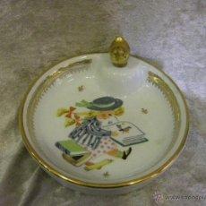 Antigüedades: PAPILLERA DE PORCELANA FRANCESA DE LA CASA DE COULEUVRE. Lote 42221753