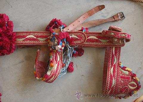 Antigüedades: Guarnición de gala para caballo, siglo XX - Foto 25 - 42270165