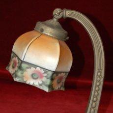 Antigüedades: BONITA LAMPARA DE SOBREMESA DE LOS AÑOS 30 ART DECO. Lote 42276489
