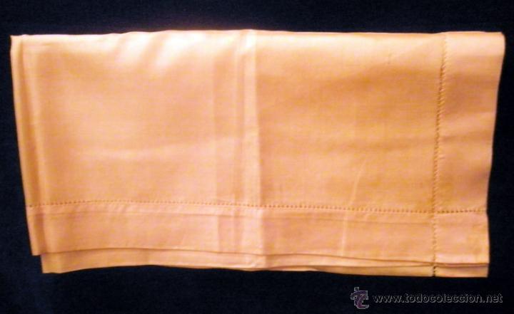 PAÑUELO DE SEDA COLOR ALBARICOQUE.. 45 CM DE LADO. SIN USO (Antigüedades - Moda - Pañuelos Antiguos)