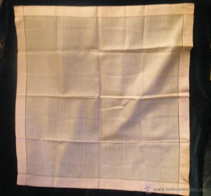 Antigüedades: Pañuelo de seda color albaricoque.. 45 cm de lado. Sin uso - Foto 3 - 42290848