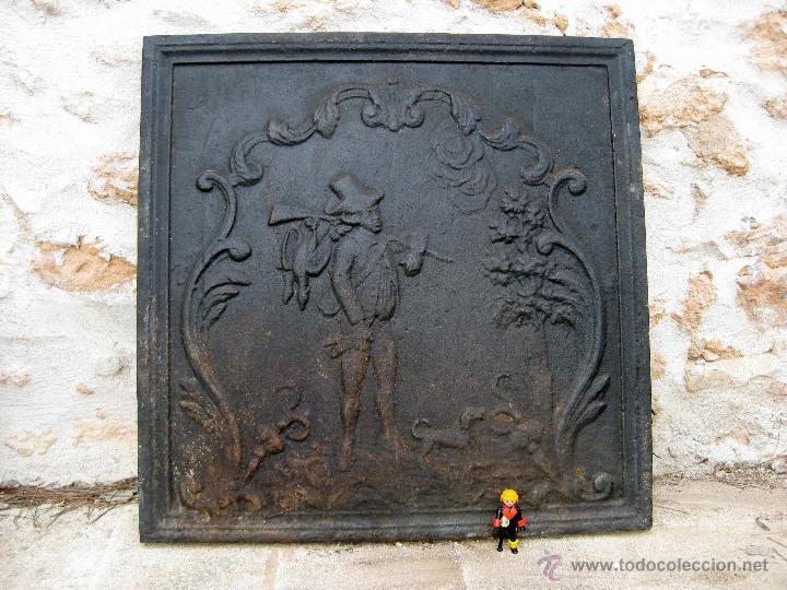 Gran placa antigua de hierro o trasfuego para c comprar utensilios del hogar antiguos en - Utensilios de chimenea ...