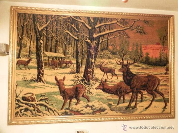 Antigüedades: Vendo Tapiz Con Marco Incluido (Escena de Ciervos en el Bosque), Año 1969.(Información en Interior). - Foto 2 - 42410528