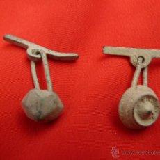 Antigüedades: GEMELOS MEDIEVALES DE BRONCE BONITA PATINA LOTE ARQUEOLOGICO. Lote 42412350