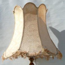Antigüedades: GRAN LAMPARA ANTIGUA EN MARMOL MADERA PAN DE ORO CLASICA ROBUSTA . Lote 42457279