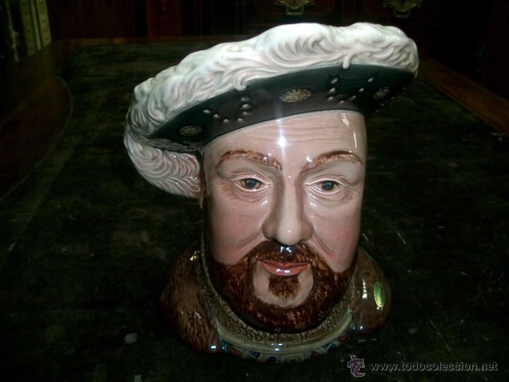 JARRA DE PORCELANA INGLESA, ENRIQUE VIII- SELLO BESWICK ENGLAND 2099. (Antigüedades - Porcelanas y Cerámicas - Inglesa, Bristol y Otros)