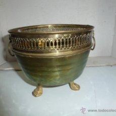 Antigüedades: MACETERO REDONDO DE LATON DE 16 CM DE DIAMETRO MAXIMO. Lote 42498656