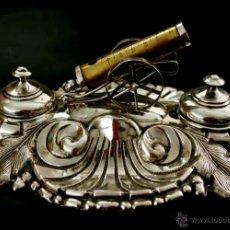 Antigüedades: TINTERO - ESCRIBANÍA - CAÑÓN NAPOLEÓNICO - PLATA DE LEY REPUJADA Y CINCELADA - S. XIX. Lote 42505923