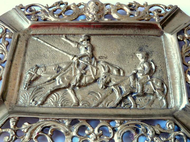 Antigüedades: ANTIGUO CENICERO DE BRONCE MACIZO CON RELIEVE DON QUJOTE Y SANCHO PANZA - Foto 2 - 42509663
