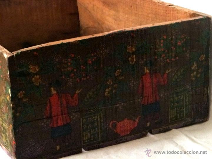 Antigüedades: antigua caja decorada al estilo antiguo, recolección del té verde. - Foto 3 - 42514470