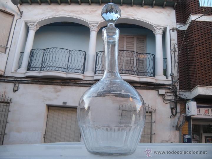 ANTIGUA BOTELLA LICORERA FACETADA DE SANTA LUCÍA, CARTAGENA (Antigüedades - Cristal y Vidrio - Santa Lucía de Cartagena)