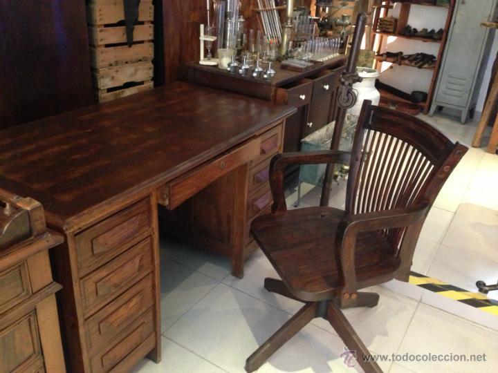 Subastas Muebles Antiguos Barcelona : Conjunto escritorio y silla reclinatoria gira comprar