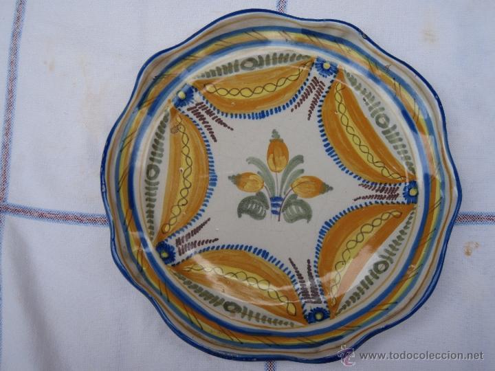 PLATO ANTIGUO CERAMICA DE NIVEIRO - TALAVERA DE LA REINA ( TOLEDO ) (Antigüedades - Porcelanas y Cerámicas - Talavera)