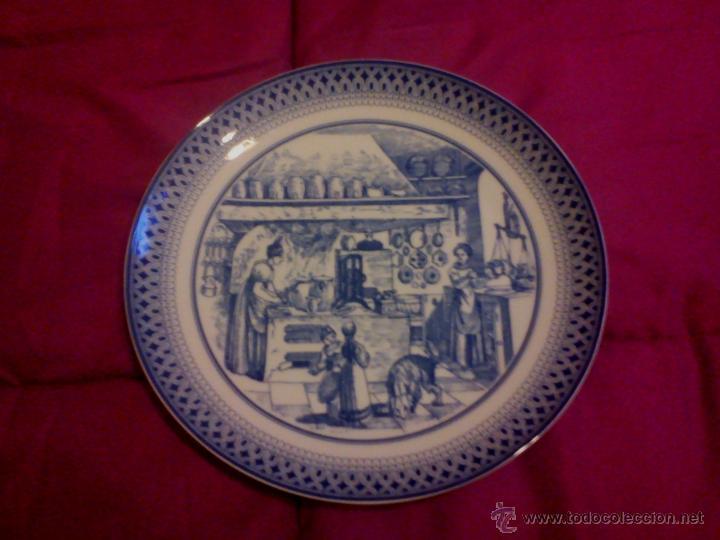 PLATO DE PORCELANA FINA PINTADO A MANO MELITT ALEMANIA (Antigüedades - Porcelana y Cerámica - Alemana - Meissen)