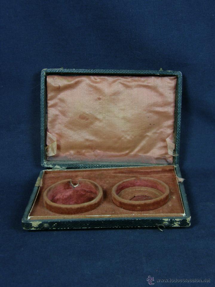 Antigüedades: caja de piel para relojes CYLINDRE 7993 impreso y dorado en piel tapa 2 compartimentos interiores - Foto 6 - 42643702