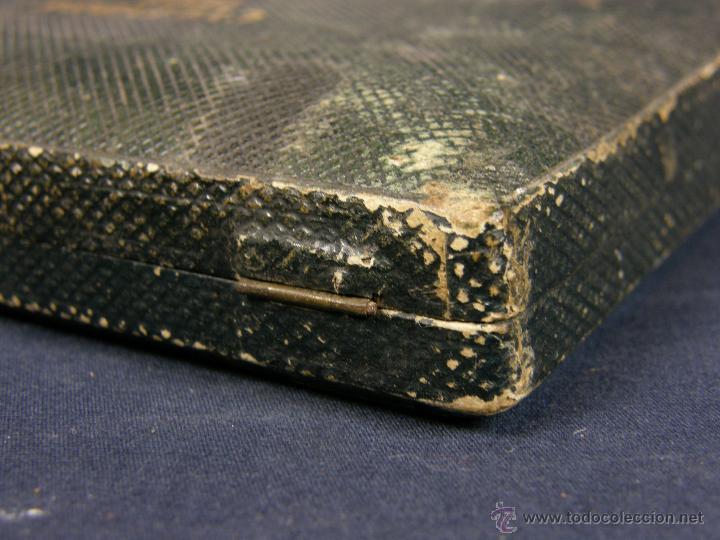 Antigüedades: caja de piel para relojes CYLINDRE 7993 impreso y dorado en piel tapa 2 compartimentos interiores - Foto 7 - 42643702