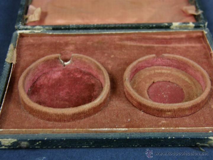 Antigüedades: caja de piel para relojes CYLINDRE 7993 impreso y dorado en piel tapa 2 compartimentos interiores - Foto 9 - 42643702