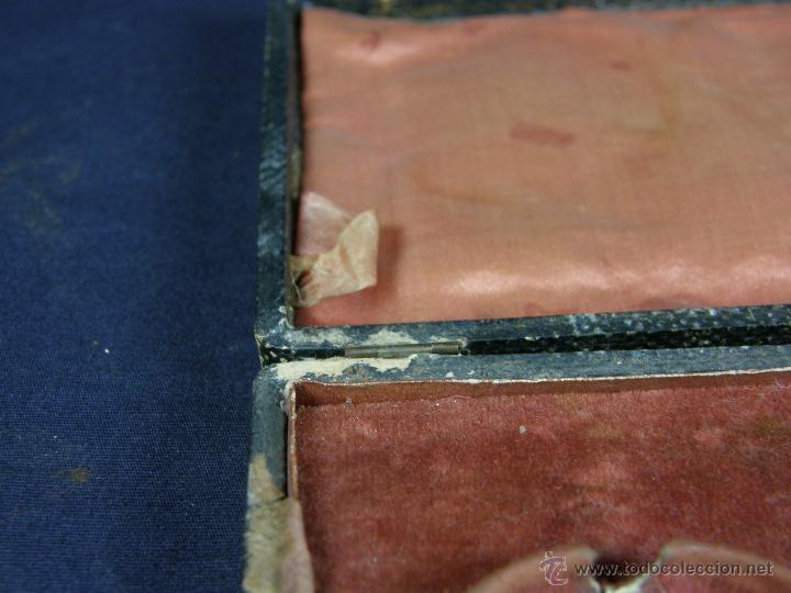 Antigüedades: caja de piel para relojes CYLINDRE 7993 impreso y dorado en piel tapa 2 compartimentos interiores - Foto 17 - 42643702