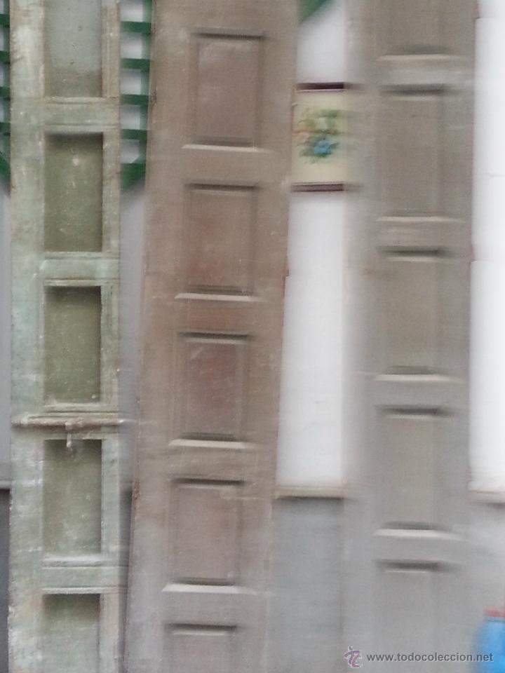 Antigüedades: LOTE DE 6 ANTIGUAS PUERTAS TODAS, MADERA , PARA RESTAURAR, MUY PESADAS, PREGUNTE - Foto 2 - 42665217