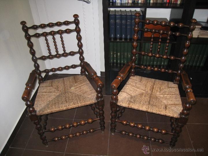 PAREJA DE SILLONES TORNEADOS DE NOGAL, S.XVIII (Antigüedades - Muebles Antiguos - Sillones Antiguos)