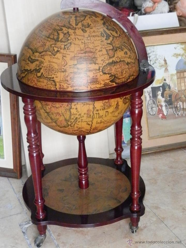 globo terraqueo o bola del mundo en madera con - Comprar en ...