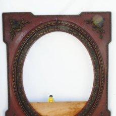 Antigüedades: GRAN ESPEJO ANTIGUO XIX ISABELINO EN MADERA COLOR CAOBA Y ORO VIEJO IDEAL PORTAFOTOS FOTOGRAFIA. Lote 42724360