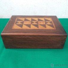 Antigüedades: CAJA CON MARQUETERIA. Lote 42773546