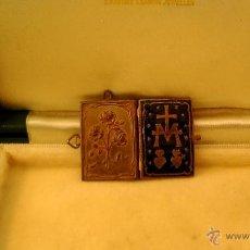 Antigüedades: COLGANTE ESMALTE AZUL. Lote 42787399