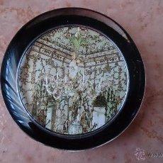 Antigüedades: ELEGANTE PISAPAPELES ( REALES SITIOS DE ESPAÑA ), EN CRISTAL CON BASE TERCIOPELO NEGRO .. Lote 42792198