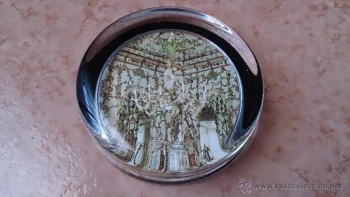 Antigüedades: Elegante pisapapeles ( REALES SITIOS DE ESPAÑA ), en cristal con base terciopelo negro . - Foto 5 - 42792198