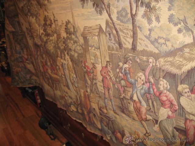 Antigüedades: Antiguo tapiz grande altura 118 cm. ancho 190 cm. buen estado de conservación. - Foto 3 - 42792202