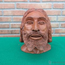 Antigüedades: ESCULTURA DE CABEZA EN BARRO FIRMADA AÑO 53. Lote 42806467