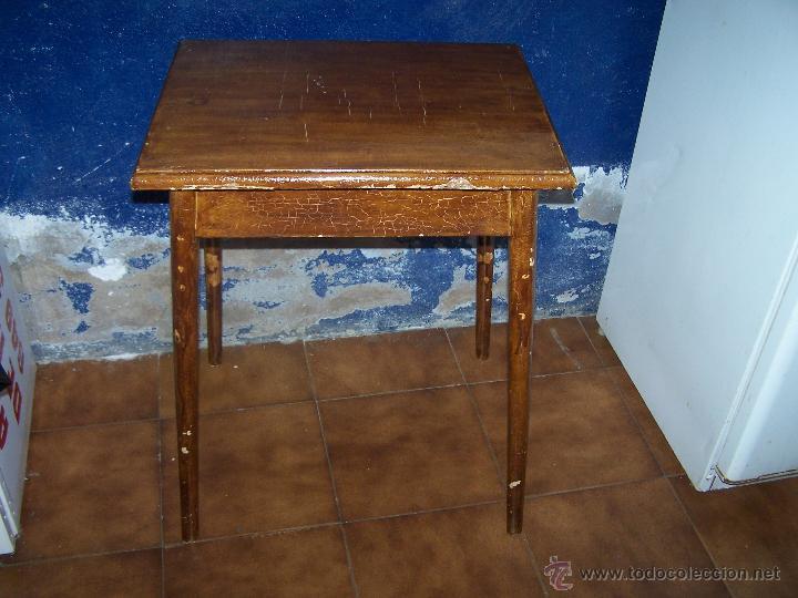 CURIOSA, SENCILLA Y BONITA MESA ANTIGUA PARA RESTAURAR O DEJAR TAL CUAL. (Antigüedades - Muebles Antiguos - Mesas Antiguas)